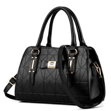 Sıcak satış moda kadın deri çanta eğimli kadın yay düğüm omuz çantaları çanta bayan alışveriş Tote yumuşak askılı çanta Sac