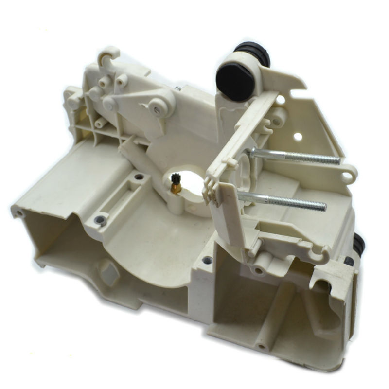 цена Chainsaw Engine Housing Crankcase for Stihl Chain Saw 170 180 MS170 MS180 #1130 020 3002