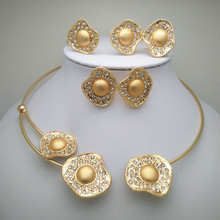 African Jewelry Fine Wedding Gold Plated Crystal Necklace Set Party Women nigerian Dubai wedding18K Hollow Patterns jewelry set  цены