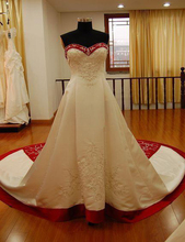 2015 New Red And White Embroidery Wedding Dresses Plus Size Custom Made Elegant Cathedral Train Sweetheart Vingate Bridal Gowns