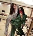 Pijamas Pijamas mujeres de Simulación de primavera sección delgada sexy de manga larga suelta casa juegos de la ropa 2017 de Primavera y Verano