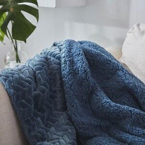 Image 3 - Neue Ankunft Super Weichen, Flauschigen Geprägt Sherpa Fleece Decke Nerz Werfen Dicke Warme Sofa Plaid Herbst Winter Decken Auf Die bett