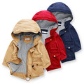 YR 8-6bl00149 Fashion Retail 2015 Nueva Otoño Boy Trench Sólido Con Capucha Capa Del Muchacho Niños Casuales ropa de Abrigo Ropa de Los Niños