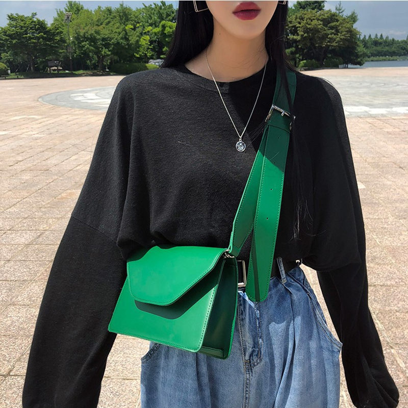 Image 3 - RanHuang New Arrive 2019 Women Pu Leather Shoulder Bags Girls Brief Flap Women's Casual Messenger Bags Crossbody Bags-in Shoulder Bags from Luggage & Bags