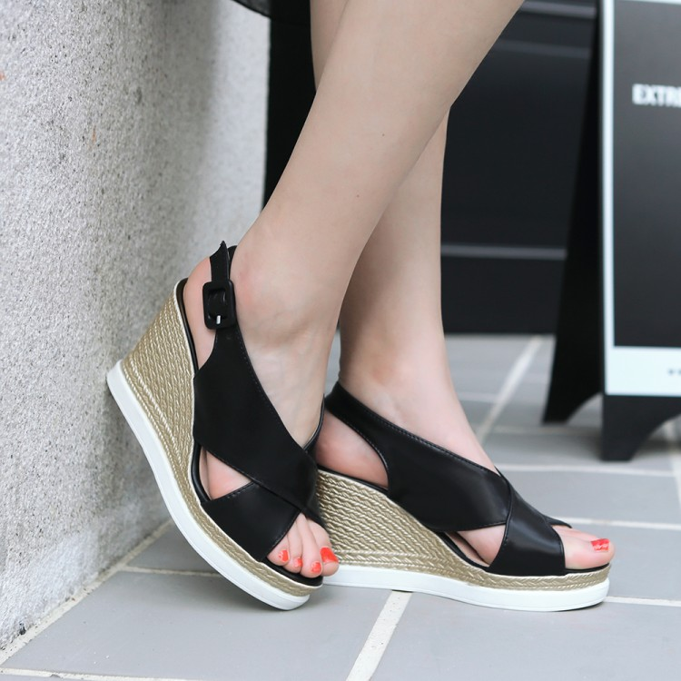 Big size 34-43 Summer Style Women shoes Casual Platform Flat with Home Beach Flip Flops Platform Sandals Slippers Shoes  530-2 lanshulan bling glitters slippers 2017 summer flip flops platform shoes woman creepers slip on flats casual wedges gold