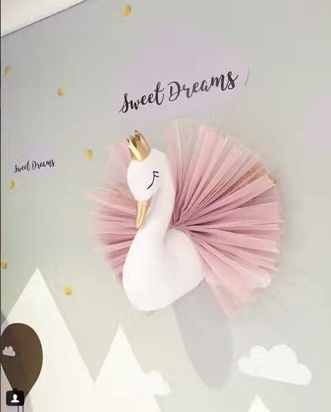 3D Wall Hanging Decorations Cute Crown Swan Stuffed Dolls 40X54cm Bedroom Wall Hanging Deco Weddings Birthday Toys Gifts