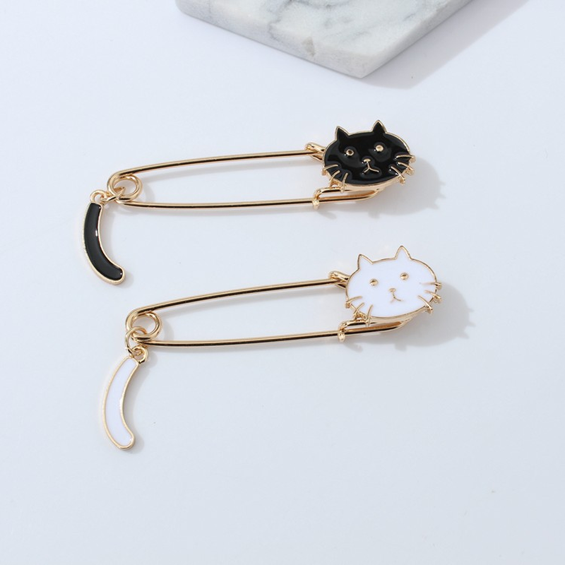 Mossovy Cute Tail Cartoon Animal Brooch Jewelry Delicate Graduation Gifts  for Women Accessories Vogue Brooches for c446aa943f53