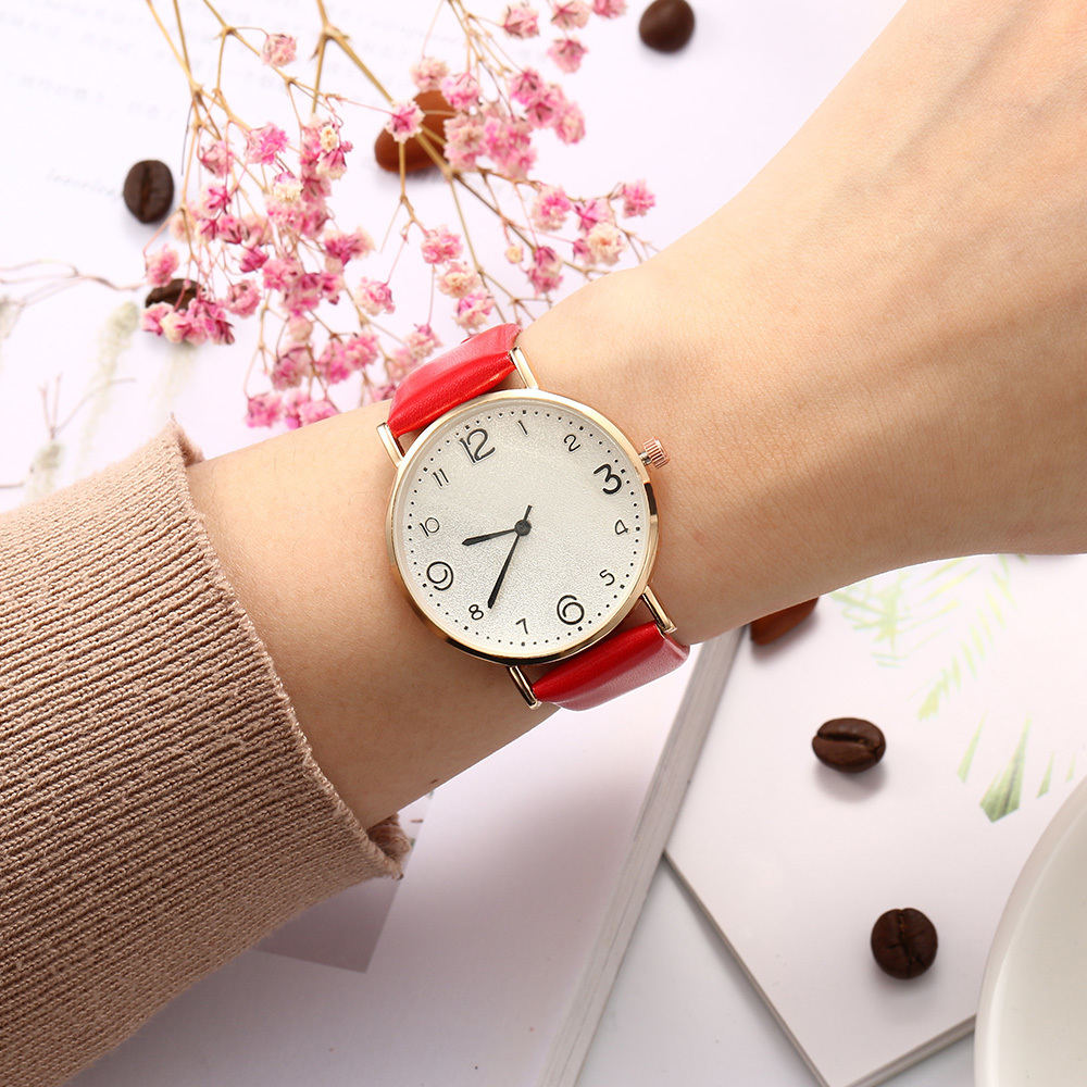 HTB1JsqzQMHqK1RjSZFgq6y7JXXal New Style Fashion Women's Luxury Leather Band Analog Quartz