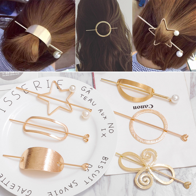 Korean Barrette Moon Triangle Design Metal Hair Clips For Women Hair Accessories Gold Hairpin Heart Star Hairband Hair holder halloween party zombie skull skeleton hand bone claw hairpin punk hair clip for women girl hair accessories headwear 1 pcs