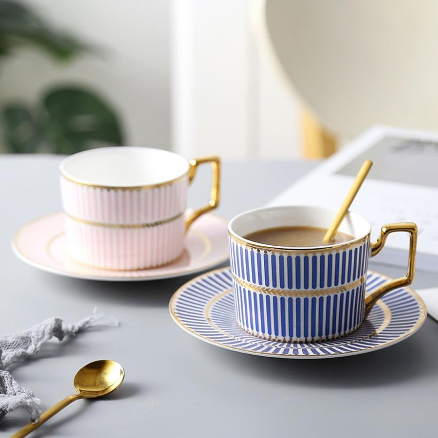Ensemble tasses et soucoupes à thé haute céramique européenne tasse à café et soucoupe en céramique ensemble tasses à expresso tasse à thé Kubek avec cuillère Home5P74