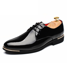 2016 Luxury Big Size Men Dress Shoes Soft Patent Leather Pointed Toe Office Business Wedding font