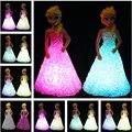 Boneca Brinquedos Para Meninas Anna Elsa Boneca Brinquedos do bebê da Neve do Gelo rainha 7 LED Cor Mudar Night Light Lamp Equestria Meninas Presente