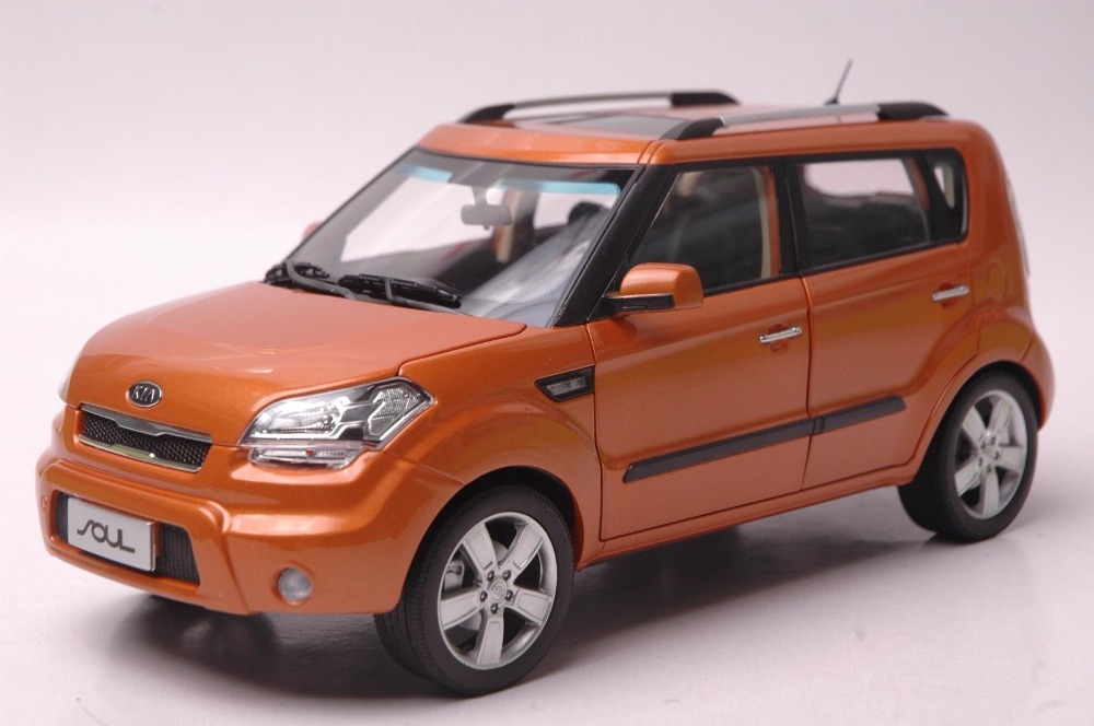 1:18 Diecast Model for Kia Soul 2014 Orange City SUV Alloy Toy Car Miniature Collection Gifts салфетка liqui moly auto tuch впитывающая