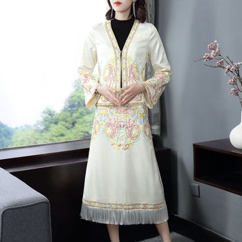 new classical elegant national folk ethnic embroidery early spring girl lady  stitching tassel dress two-piece suits one pace