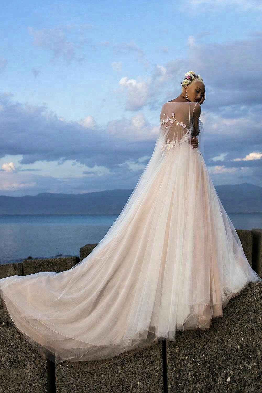 2018-Beach-Wedding-Dresses-dsSpaghetti-Illusion