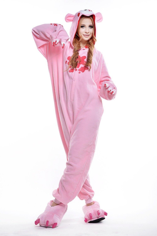 There are kinds of womens pajamas, such as nightgown in one piece pajamas, silk pajamas, etc. Sexy pyjama sets can be shown with satin sleepwear and lace see-through sleepwear, cute pajamas can be worn with ruffles sleeve sleepwear sets and satin pajamas set.