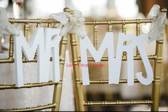 Wedding Chair Signs Mr & Mrs Signs for Bride and Groom Hanging Sweetheart Table Decor Wedding Reception Decoration