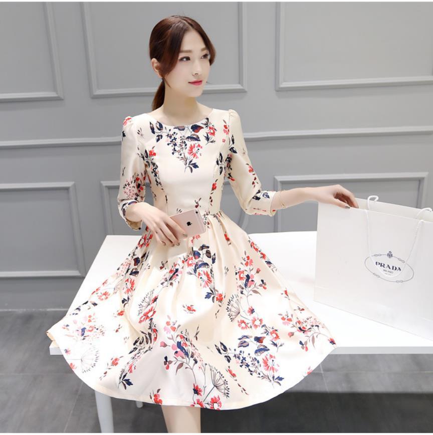 0f5289721277e 2019 bahar yeni kadın elbise yedi nokta kollu uzun bahar ve yaz elbisesi  mizaç İnce Bir