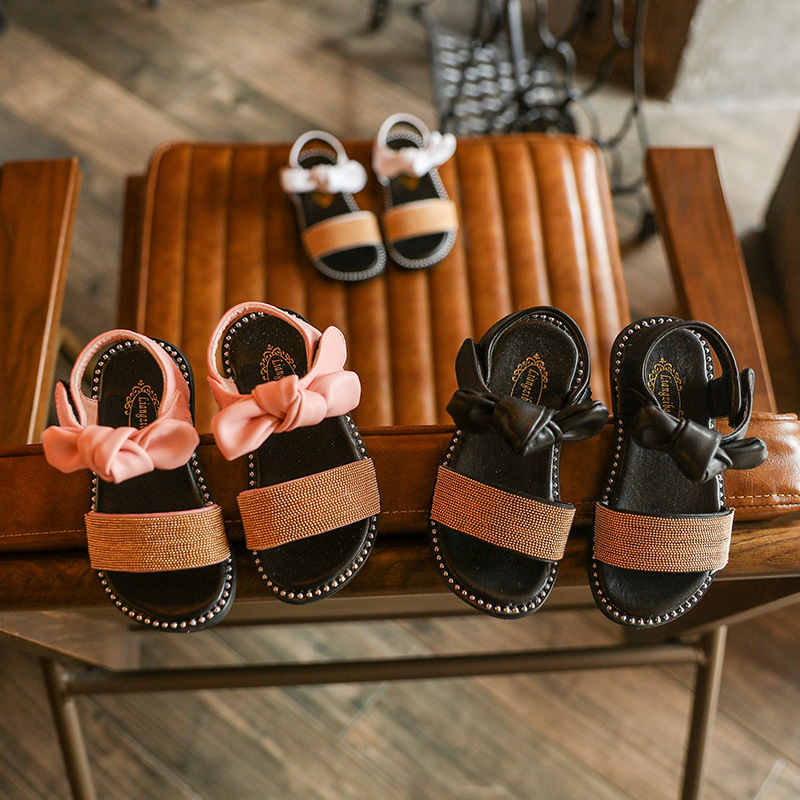 Summer Kids Sandals for Girls Shoes Fashion Soft Bottom Baby Sandals 2019 Newest Bow Open Toe Pu Leather Girls Sandals Non slip in Sandals from Mother Kids