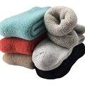 Super Thick Merino Wool Socks Women Winter Thermal Warm Socks Female Fashion Casual Colorful Thick Towel Socks Black/White(3Pair