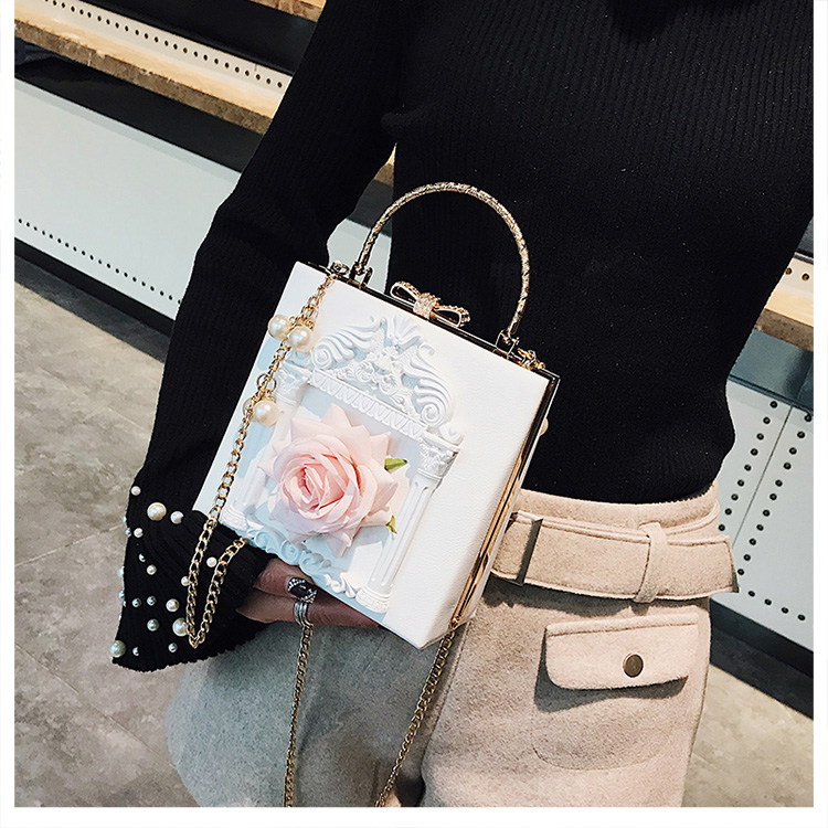 2018 NEW Rose 3D Palace Sculpture Frame Bag Luxury Handbags Women Party Bags Designer Lady Cute Shoulder Messenger Bag Sac Tote 29