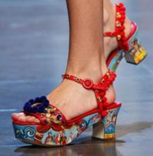 Printing Gladiator Sandals Women Pumps Open Toe Luxury Flowers Platform shoes woman Woman Buckles Sapato Feminino Summer Bo