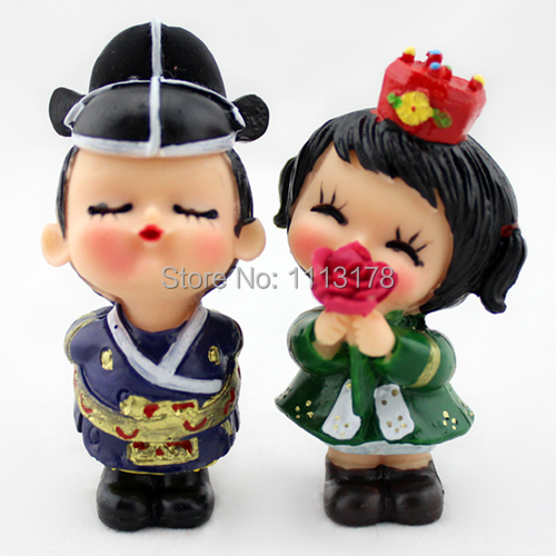 cheap wedding cake toppers korean hanbok doll crafts resin doll ornaments figurine bride and. Black Bedroom Furniture Sets. Home Design Ideas