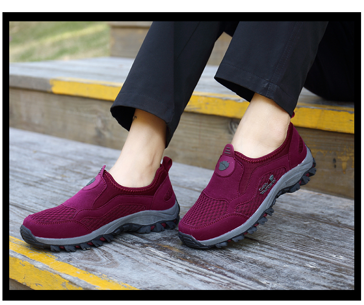 Comfortable Mens Walking Shoes Summer Breathable Slip On Sport Sneakers Beach Water Shoes Outdoor Men Athletic Sneakers 10
