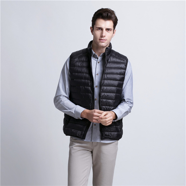 Down Duck Outwear Vest For Men 2016 Winter Solid color sleeveless coat Light Puff Gilet Casual Reversible Jackets Waistcoat XXXL