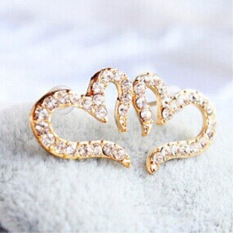 New Fashion Vintage Plated Small Love Rhinestone Stud Earrings 4ED199