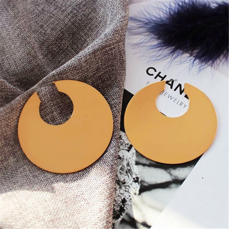 Metal circular earrings in Europe and the exaggerated personality fashionable new big ear ring earrings stud earrings