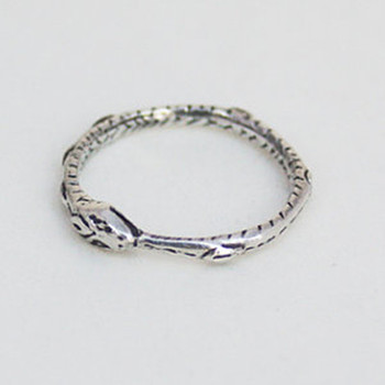 Ouroboros ring Charming ancient silver plated ring restoring ancient ways