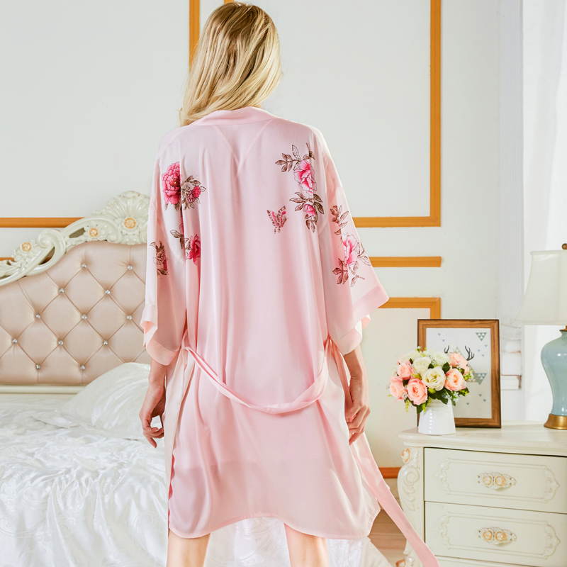 New Style Fashion Women Bathrobe Floral Print Satin Chiffon Luxury and Elegent Robe Ladies Home Clothes sp0087 in Robes from Underwear Sleepwears