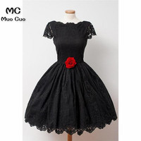 2018 Vintage Black Graduation Homecoming Dresses Short with Lace Flowers Wedding Party Dress Homecoming Cocktail Party Dress