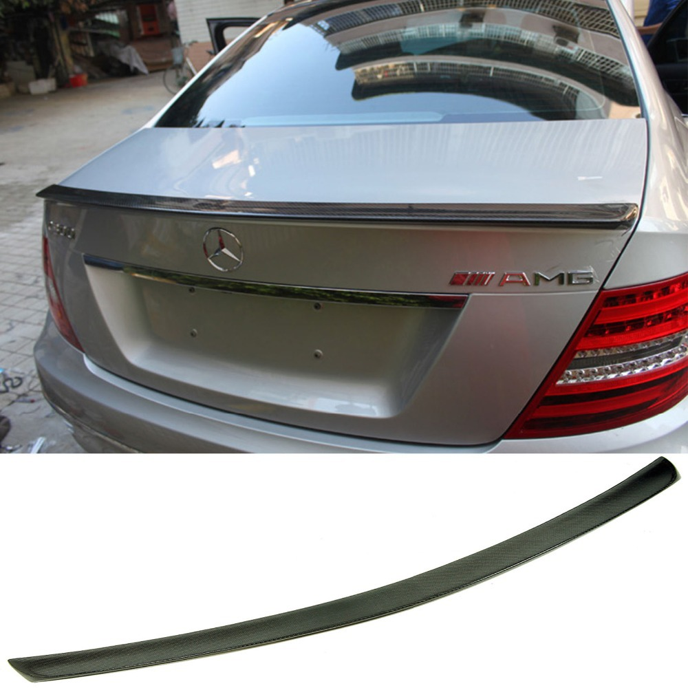 цена W204 C180 C200 C260 C300 Carbon Fiber Rear Trunk Boot Spoiler Wing Lip for Mercedes-Benz 2007-2014 AMG Style