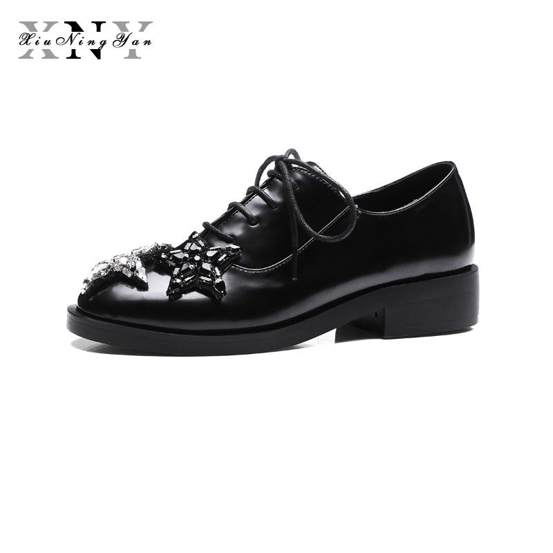 XIUNINGYAN British Style Shoes Woman Autumn Spring Lace Up Star Crystal Square Heel Casual Flats Oxfords Plus Size 43 Lady Shoes xiaying smile 2017 latest spring autumn woman british style women shoes casual pantshoes platform lace shoes pumps size 35 39