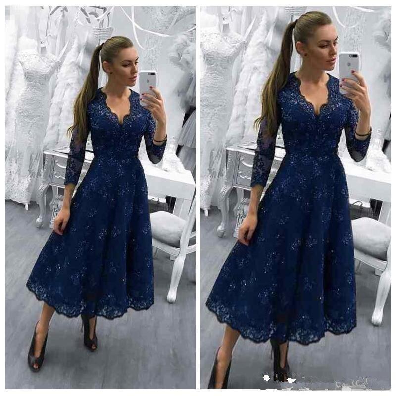 Bleu marine mère de la mariée robes col en V manches longues dentelle Appliques perlées robe de mariée invité thé longueur robes de soirée