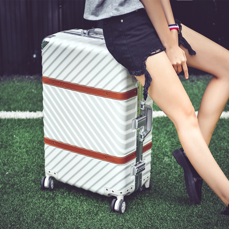 Vintage aluminum frame universal wheels trolley luggage male womens20 24 26 29 travel leather the box,high quality hardside box