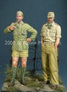 1:35    German DAK Panzer Crew Set (2 Figures)