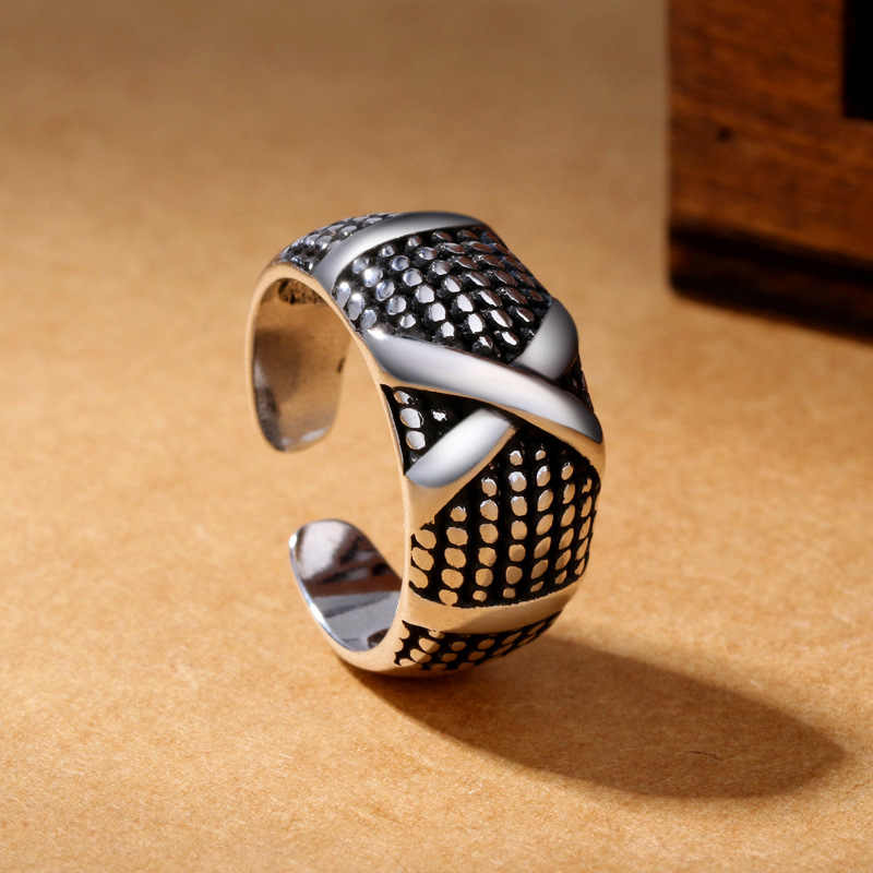 Fashion Men and women Do the old Silver plated copper. An open ring  multi-layered and adjustable single ring