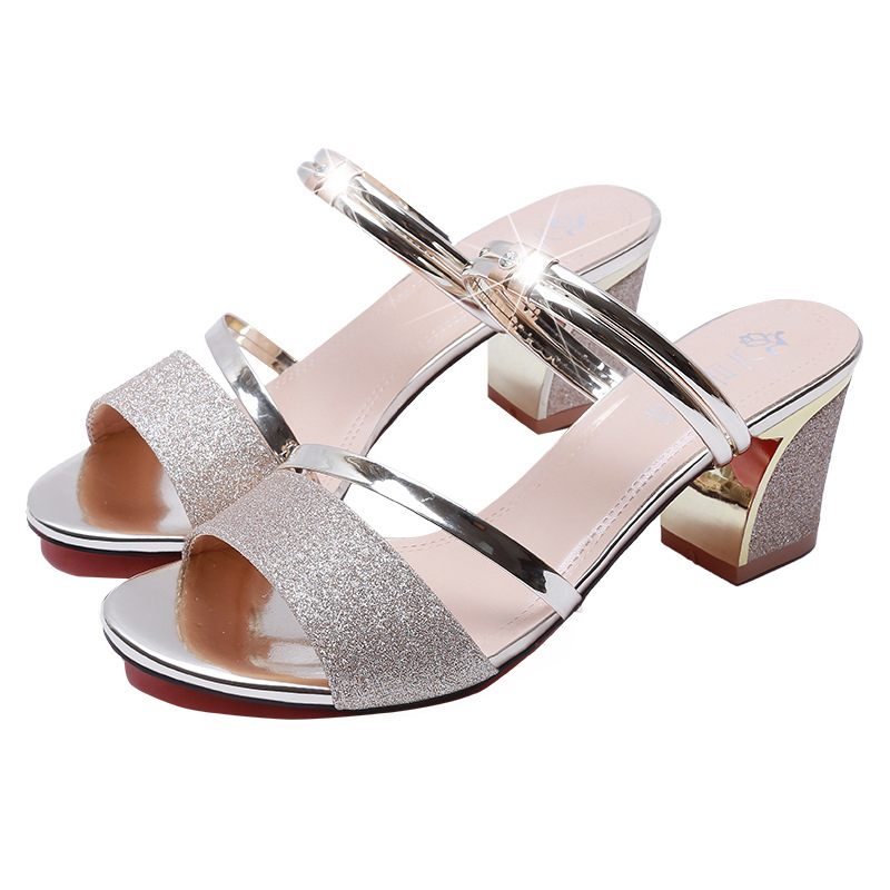 Outdoor Sandals Spring New Fashion Open-toed Women Shoes Leisure Shallow Mouth Bright Tablets Women Sport Sandals