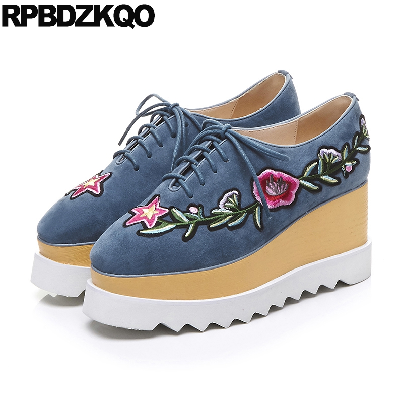 Фотография 3 Inch Wooden Floral Fashion Embroidered Ladies Flower Wedge High Heels Blue Suede Shoes Women Square Toe Creepers Plus Size