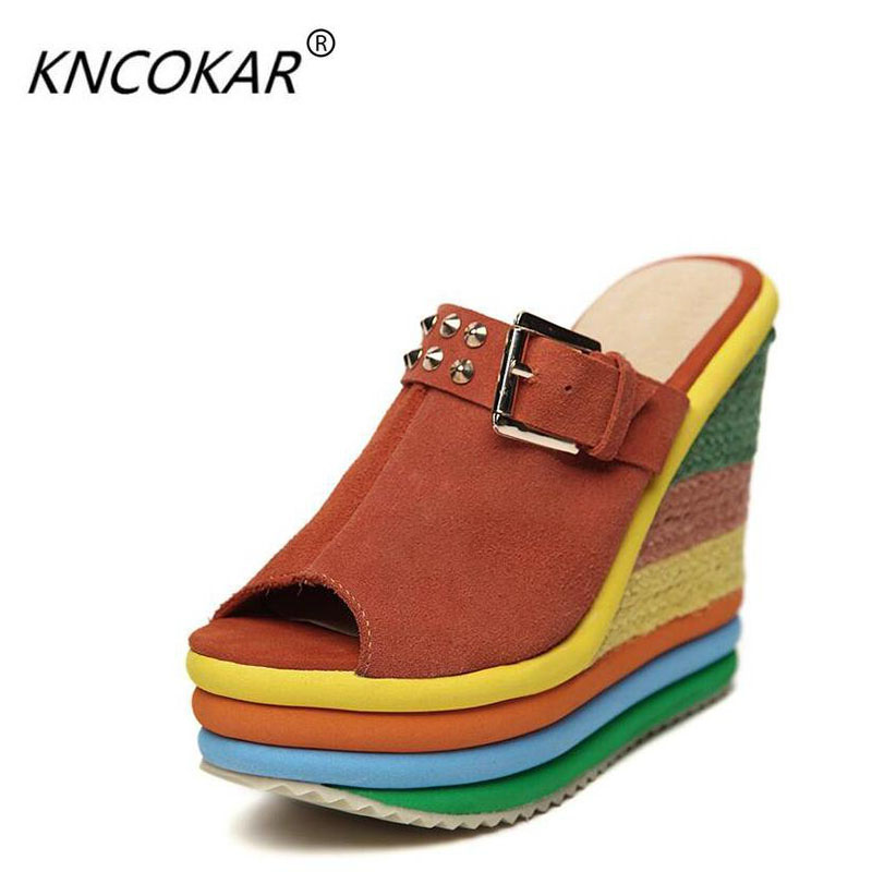 The new 2017 wedge sandals sponge thick bottom leather fish mouth cool slippers candy color leather shoes fashion slippers fashion candy color 15 cm high with the bottom of the ribs of crystal sandals lure fish mouth shoes on sale