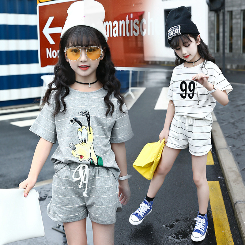 2018 New Summer Teenage Girls Clothes Set Stripe Cartoon Sports Suits For Kids Casual Cotton Short-Sleeved T Shirt +shorts Set