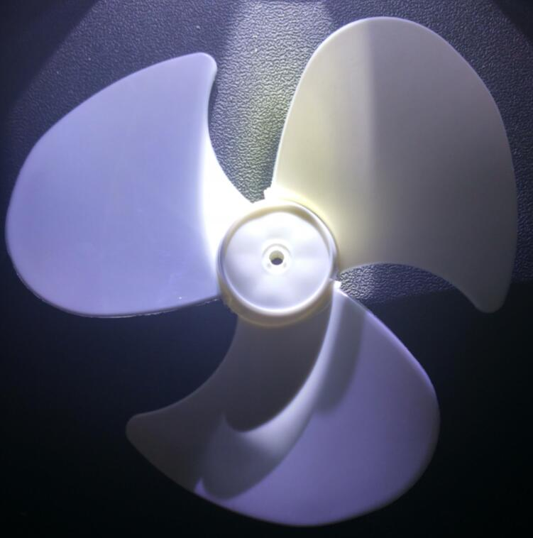 table Fan Parts 100% new white 12-inch fan blade 3 blades 27cm hole 8mm diameter 125mm flat aluminum fan blade impeller vacuum cleaner motor parts flat shape 8mm hole