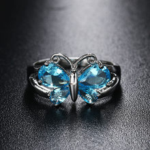 1 Pc 2017 New Women Fashion Jewelry Crystal Blue Zircon Silver Plated Butterfly Shaped Rings Nice Gift For Women(China)