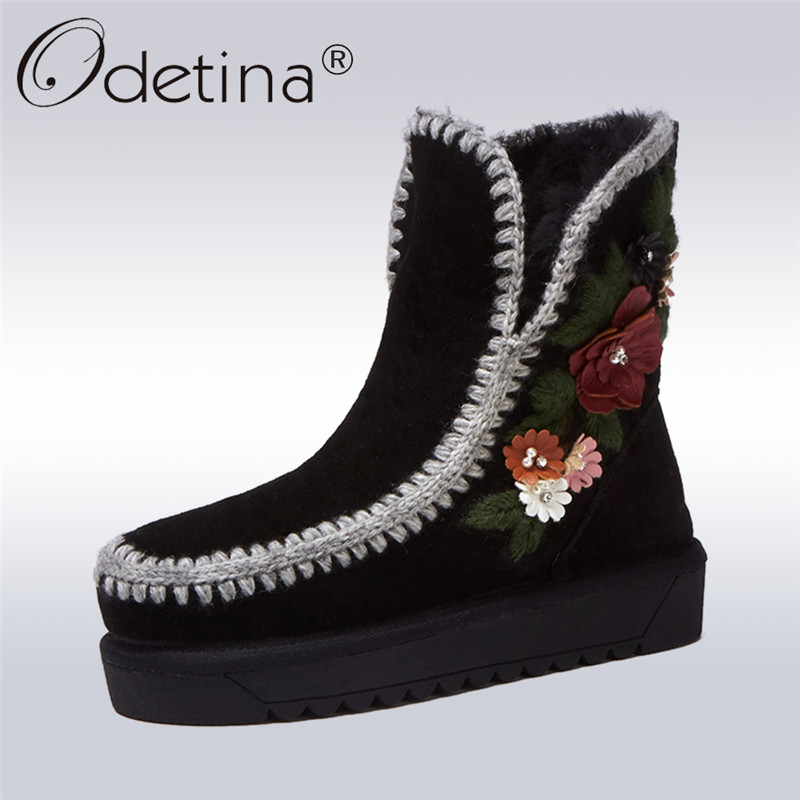 Odetina 2017 New Fashion Genuine Leather Fur Lined Women Ankle Winter Snow Boots Flower Slip on Flat Keep Warm Shoes Big Size 43 snow fur slip on fashion round toe winter boots women ankle flat shoes celebrity gray bow booties chinese female short new