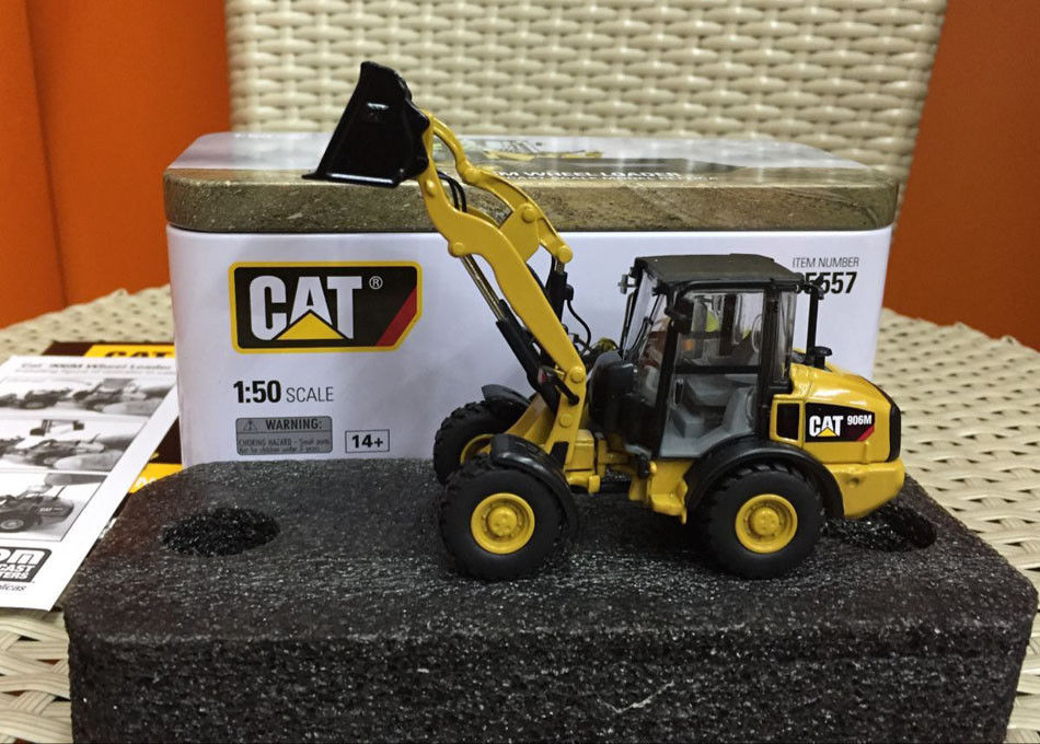 Caterpillar Cat 906M Wheel Loader 1:50 Scale Model By Diecast Masters DM85557 цена
