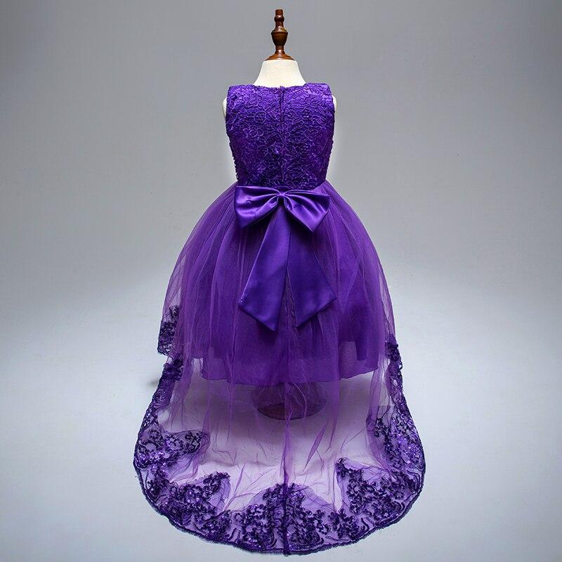 Pidulikud ja uhked tüdrukute kleidid