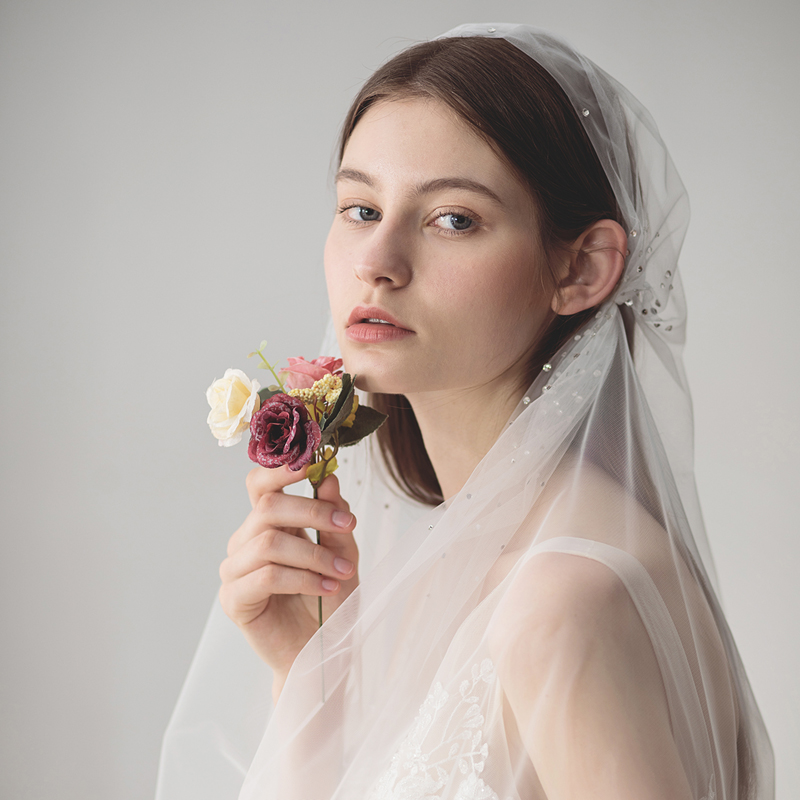 SLBRIDAL Crystals Wedding Ballet Or Waltz Length Veils With Clips Bridal Veils Wedding Wear Accessories For Bride Mariage Women